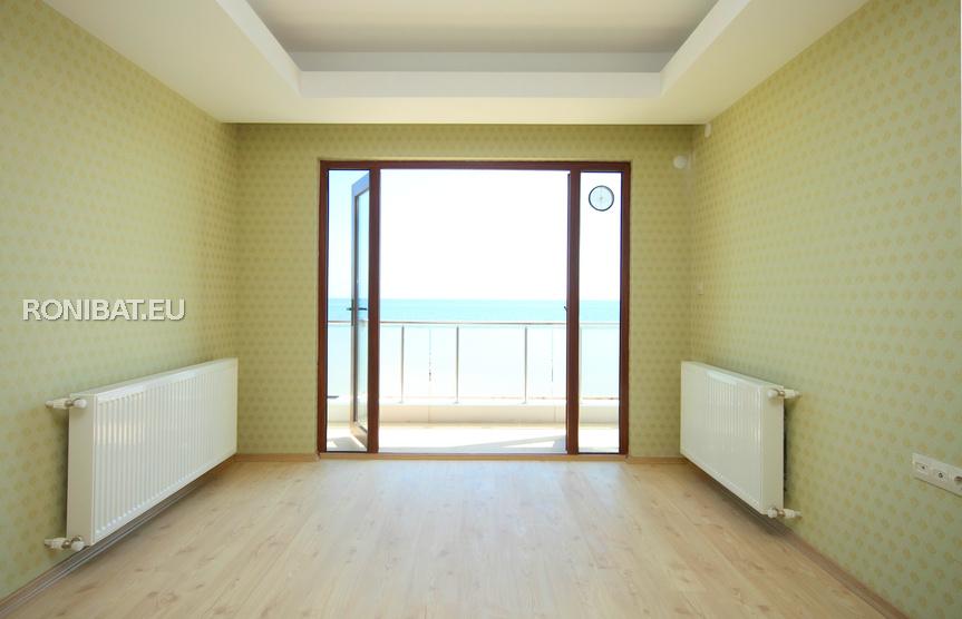 Travaux de tapissage murs d coration fibre de verre - Fenetre fibre de verre ...